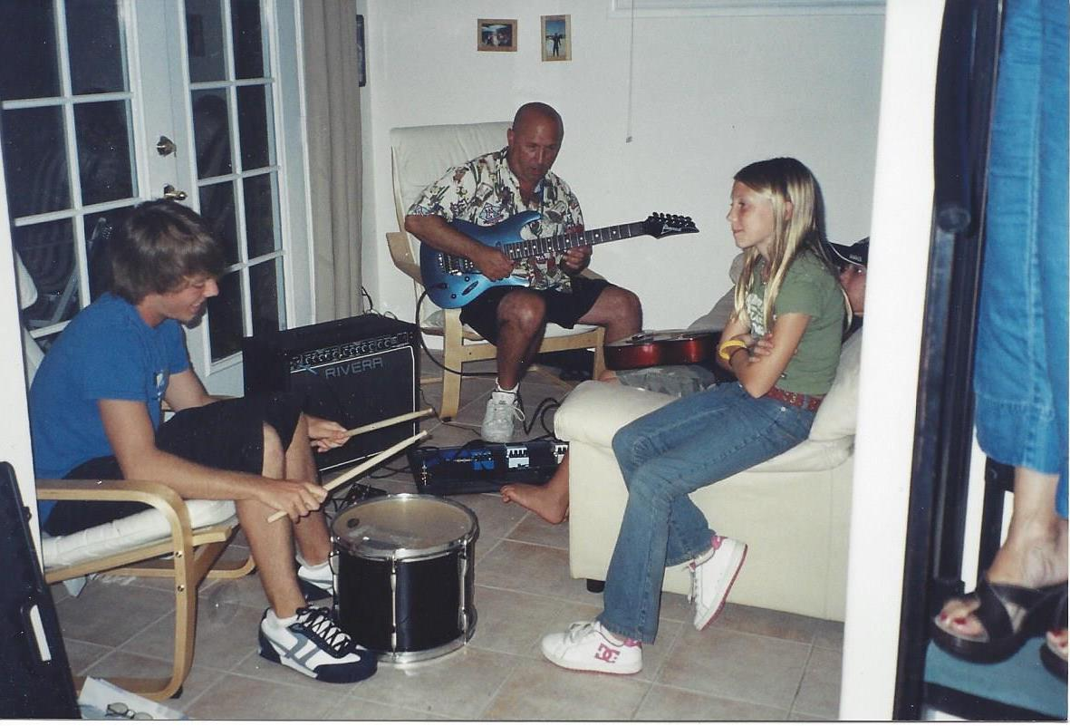 eddy-playing-with-zach-and-kristen